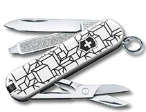 Victorinox_Classic_Limited_Edition_2021_Cubic_Illusion