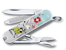 Victorinox_Classic_Limited_Edition_2015_Yodelay_Hee_Moo